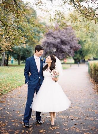 tea length wedding gown : photography - Jodie Chapman