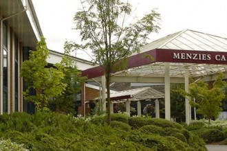 Menzies Cambridge Hotel & Golf Club