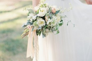 Off-the-Shoulder Wedding Dresses | Photography : Jeremiah and Rachel Photography