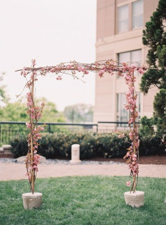 spring wedding ideas,spring wedding decoration,spring wedding ceremony : Photography : Caroline Tran