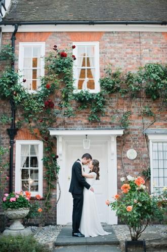 Elegant English Ballroom | Photography: Dominique Bader - www.dominiquebader.com | itakeyou.co.uk #englishwedding #wedding