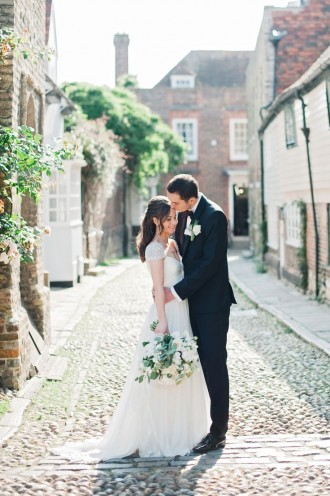 Elegant English Ballroom   Photography: Dominique Bader - www.dominiquebader.com   itakeyou.co.uk #englishwedding #wedding #bride #groom
