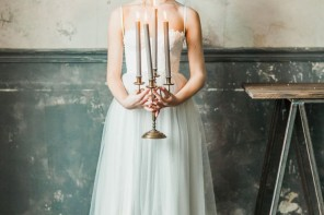 light grey wedding gown | itakeyou.co.uk