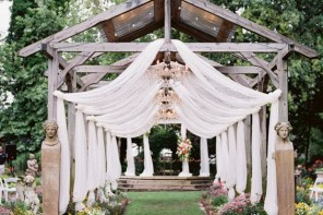 5 clever ways to keep your wedding on a budget