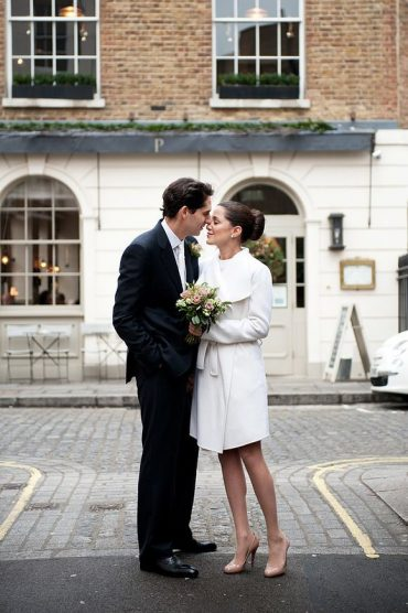 Elopement vs Wedding - Intimate wedding in London