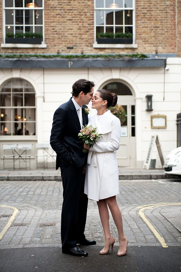 Elopement vs Wedding - Intimate wedding in London