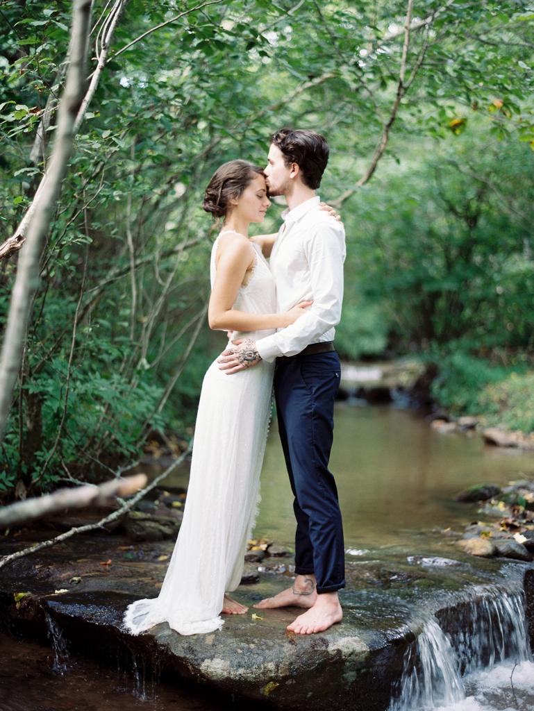 Elopement vs Wedding   itakeyou.co.uk