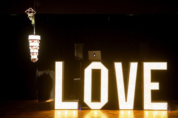 Upside down wedding cake,Upside down chandelier wedding cake + Giant LOVE letters| itakeyou.co.uk | Onthree photography