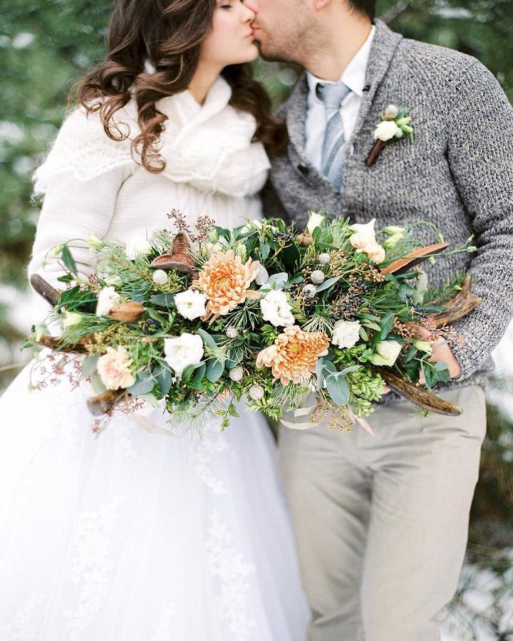 Winter Wedding Flowers Uk: 21 Wedding Bouquet Ideas For Winter That Will Inspire You