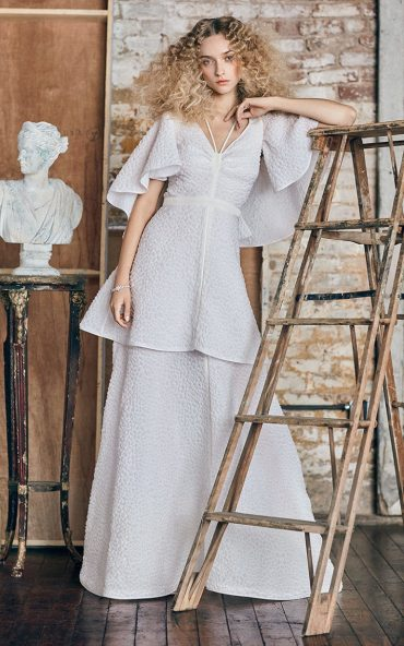 Rosie Assoulin Bridal Classics Collection | itakeyou.co.uk #weddingdress #weddingdresses #weddinggown