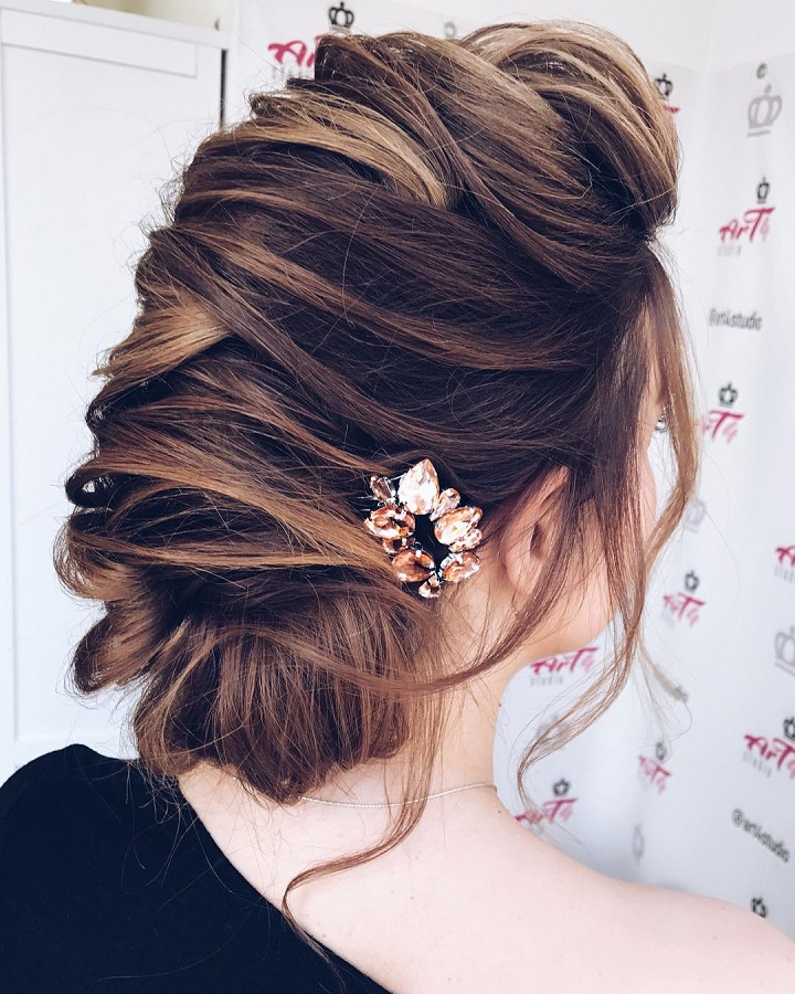 35 Beautiful Wedding Hairstyles For Long Hair: Beautiful Hairstyle To Inspire Your Big Day Look 1