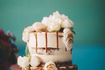 Semi naked wedding cake - Vibrant Rooftop Wedding | itakeyou.co.uk #wedding #vibrantwedding #rooftopwedding