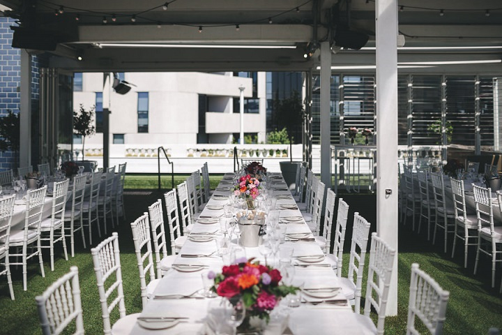 Wedding centerpieces - Vibrant Rooftop Wedding | itakeyou.co.uk #wedding #vibrantwedding #rooftopwedding