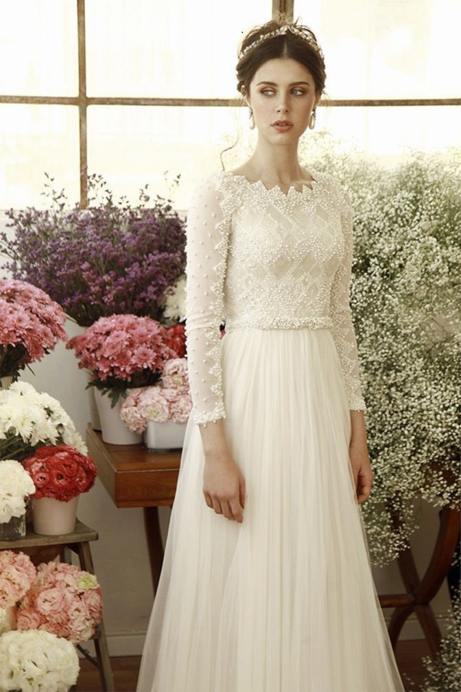Beautiful Long sleeves Wedding Gowns with gorgeous details | wedding dresses #weddingdress #laceweddingdress #weddinggown #weddingdresses