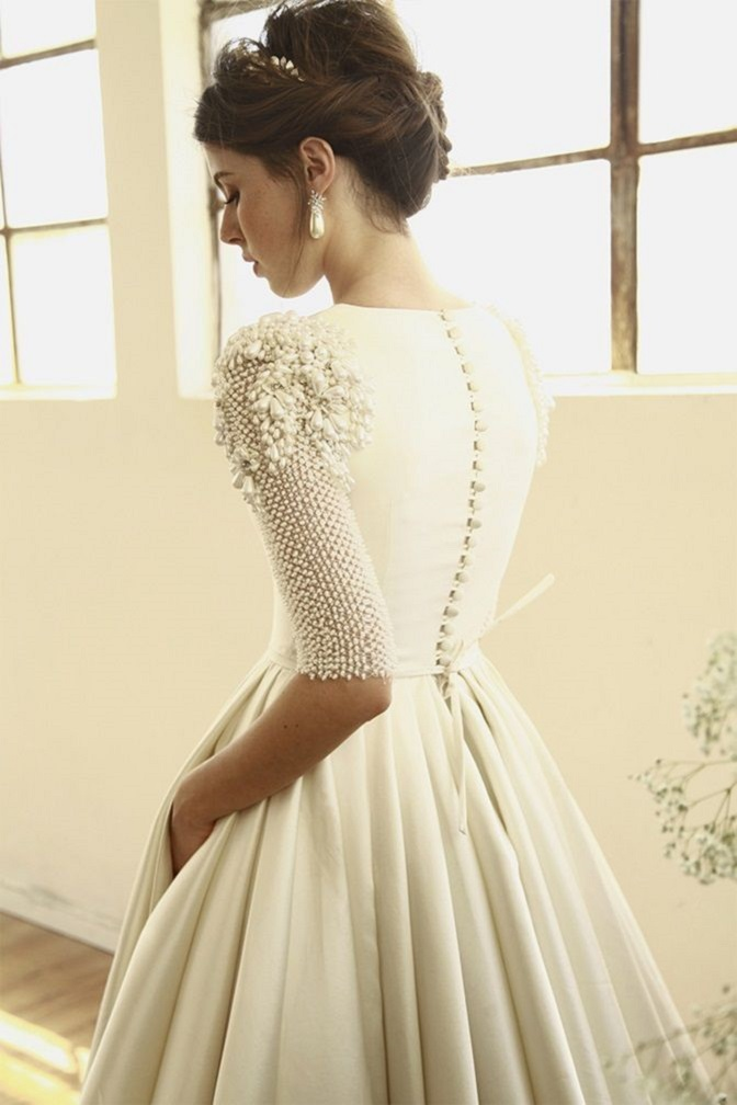 Beautiful 3/4 length sleeves Wedding Gowns with gorgeous details | wedding dresses #weddingdress #laceweddingdress #weddinggown #weddingdresses