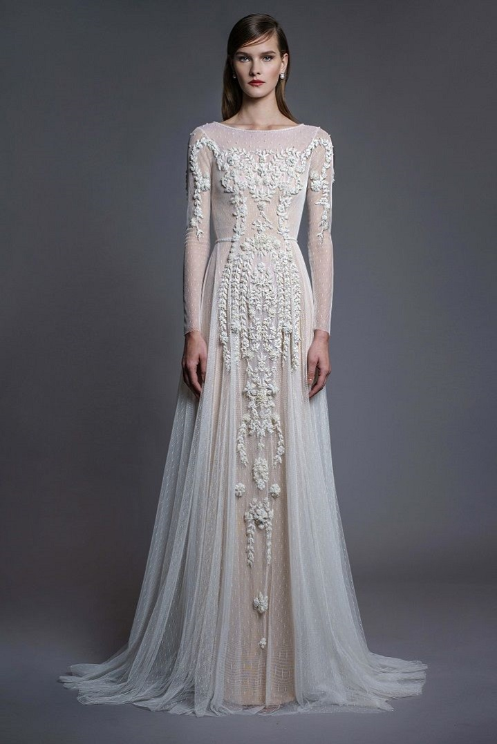 Beautiful Wedding Gowns with gorgeous details | Long sleeve wedding dresses #weddingdress #laceweddingdress #weddinggown #weddingdresses