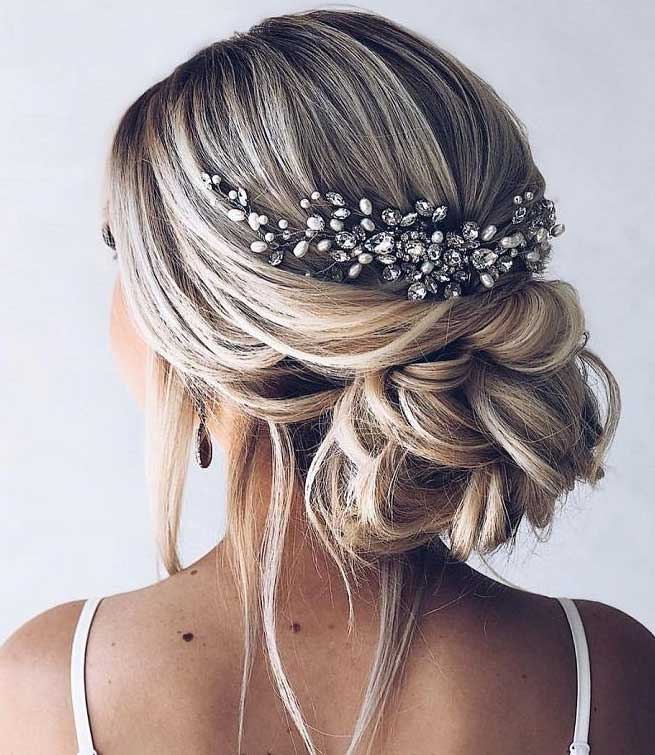 18 Wedding Hairstyles You Must Have: 39 Gorgeous Wedding Hairstyles For The Elegant Bride 1