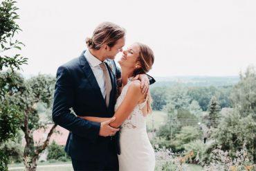 Free spirit boho relaxed and elegant castle wedding #bohowedding #wedding #castlewedding