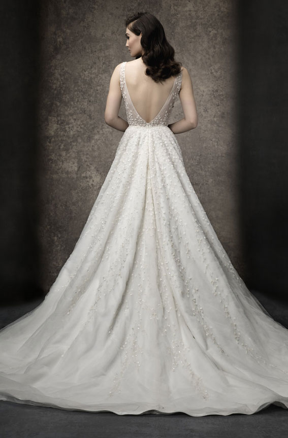 Enaura 2019 Wedding Dresses - A-line gown with deep V neckline #wedding #weddinggown bride dress
