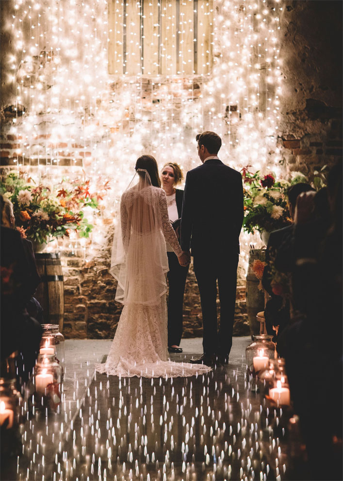 Magical, Rustic and Warm Autumn Wedding - autumn wedding ceremony