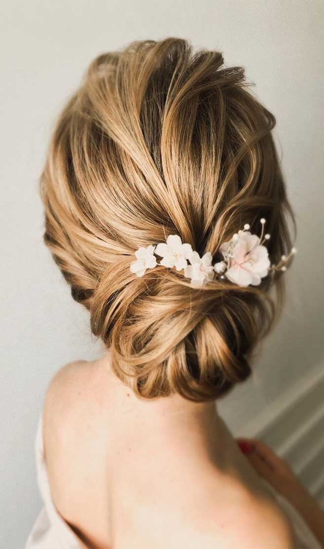 45 Stunning hairstyles for brides - bridal hairstyle ideas, wedding updo #hairstyle #hair #updo #weddinghairstyles #weddinghair #weddingupdo #weddinghairstyle #weddinginspiration #bridalupdo