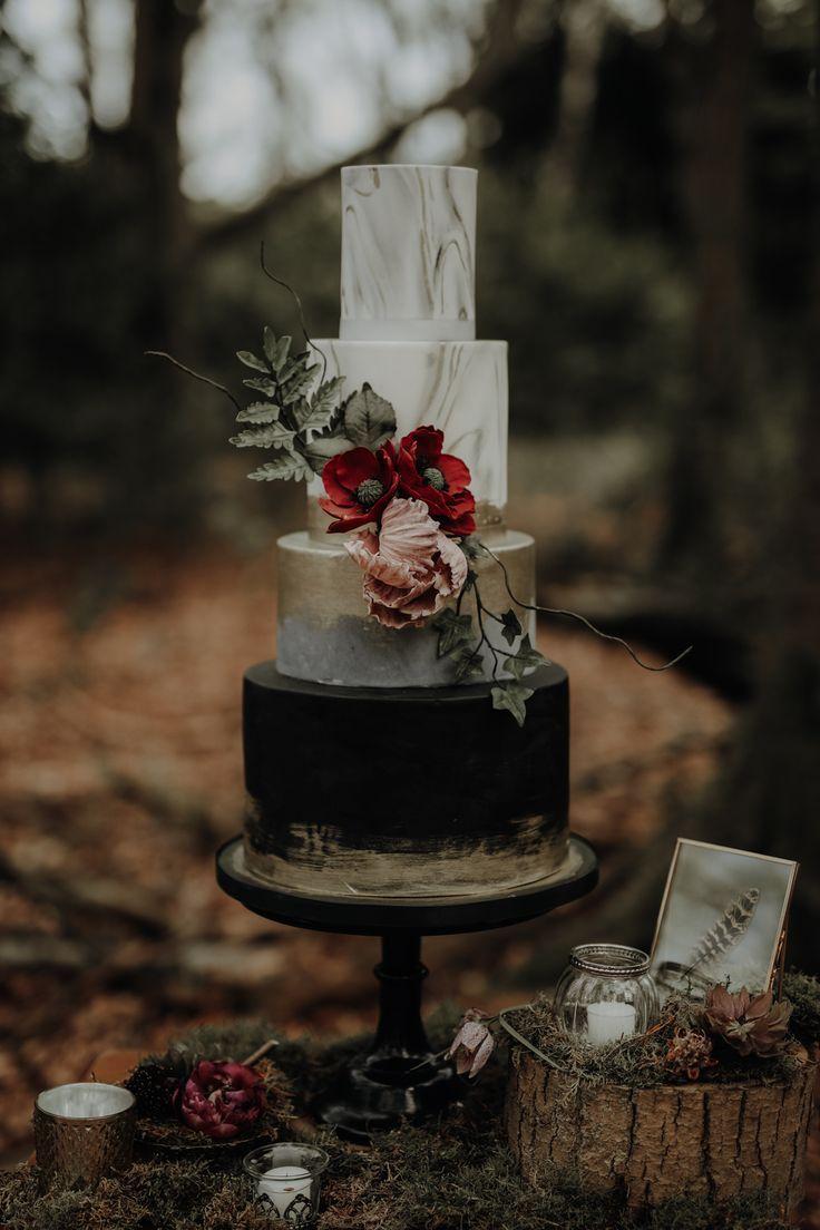 "https://www.itakeyou.co.uk/wp-content/uploads/2019/08/wedding-cake-12.jpg"" alt=""35 Breathtaking black wedding cakes - elegant wedding cake #moodyweddingcake #blackweddingcake #wedding #weddingcake"