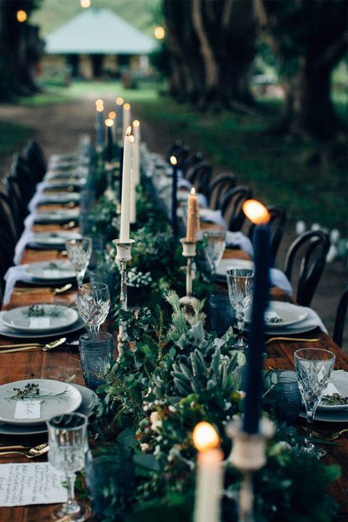 Rustic Elegant Wedding tablescape - Green Navy Blue and White Wedding ideas - Wedding colour #wedding #pantone #green #navyblue #weddingcolor