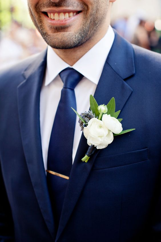 Navy blue and green groom ideas #wedding #groom #navyblue