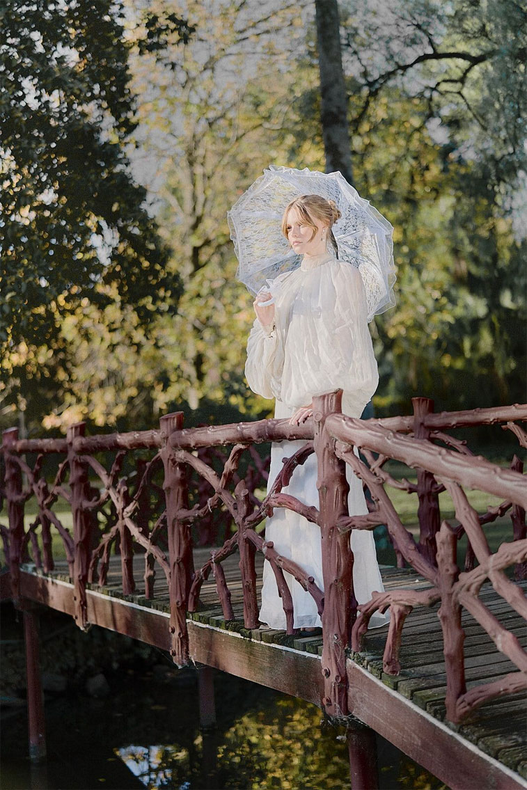 vintage styled wedding dress, Long sleeve wedding dress, bridal styled shoot, vintage wedding dress, neutral wedding gown, ivory wedding dress #weddingdress #vintageweddingdress