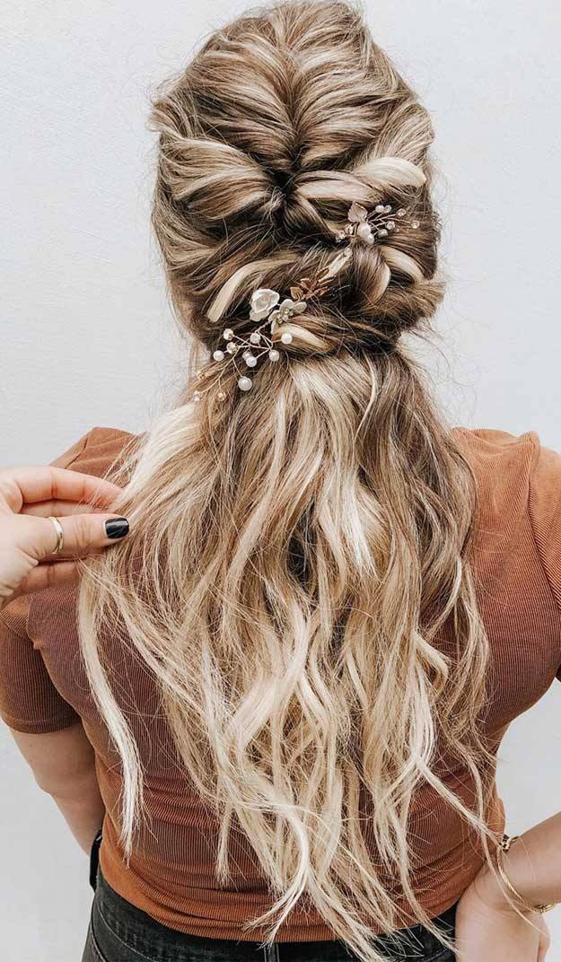 57 Gorgeous Wedding Hairstyles For A Gorgeous Rustic Wedding