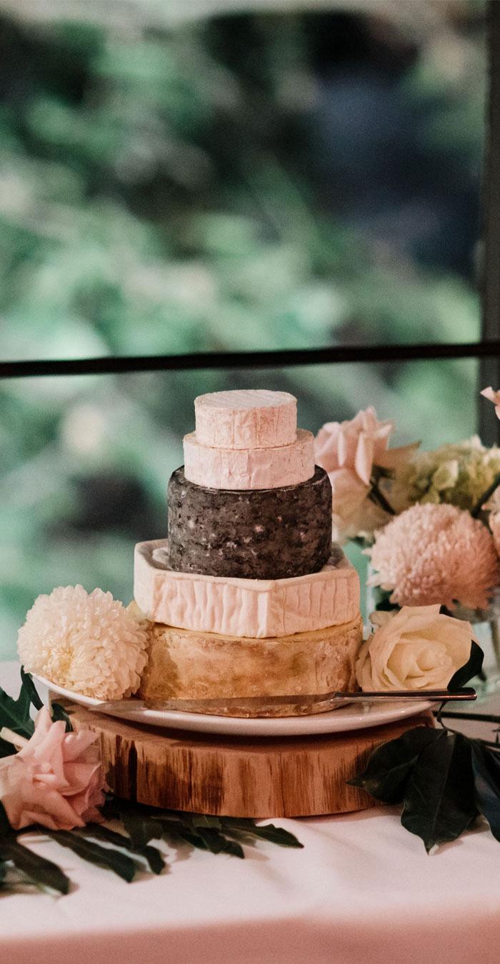 cheese wedding cake , alternative wedding cake #weddingcake #cheeseweddingcake