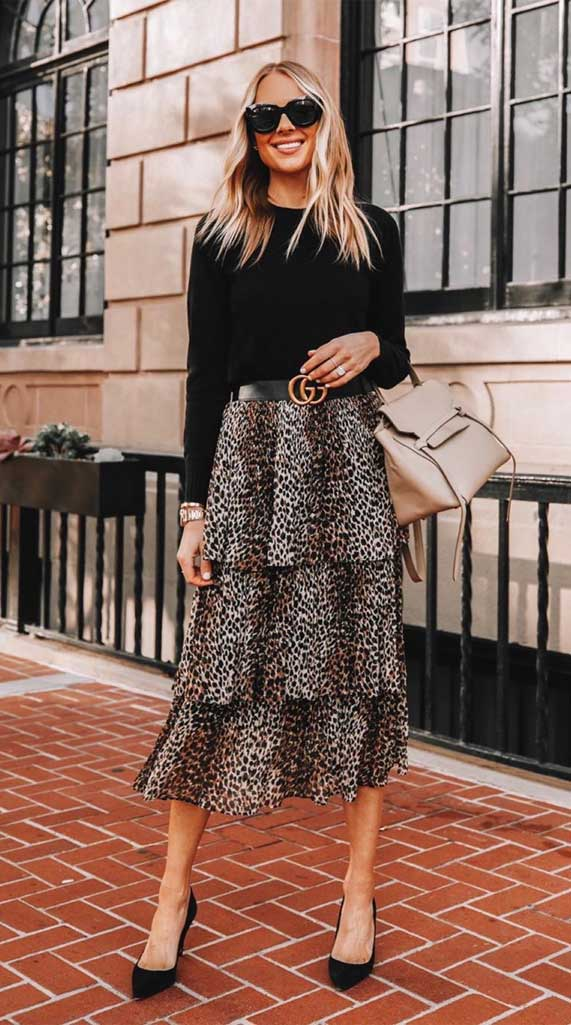 what to wear in spring, best spring outfits , best spring fashion, best spring outfits 2020 #springfashion leopard midi skirt,
