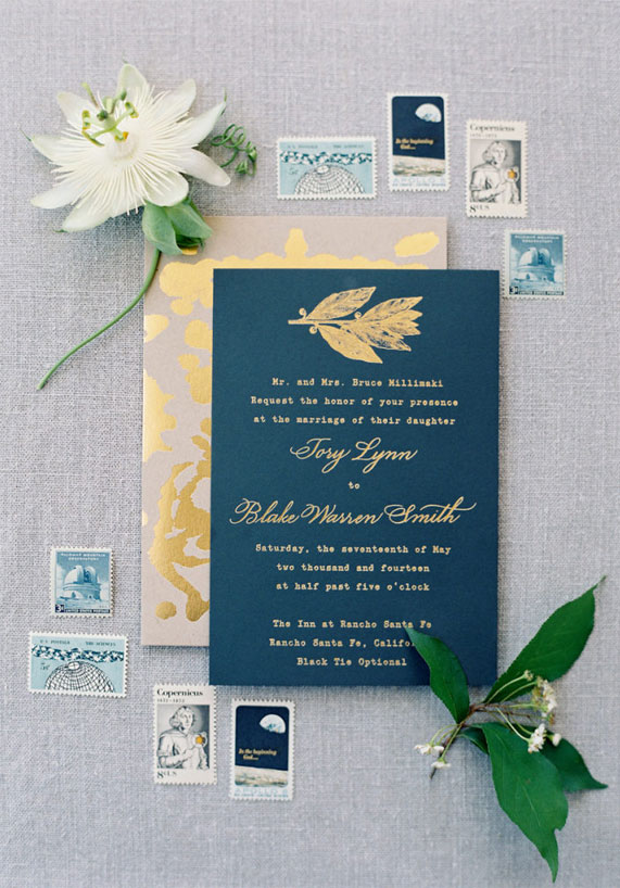 blue and gold wedding theme, blue wedding invitation with gold ink, blue wedding invitation with gold calligraphy #weddinginvites