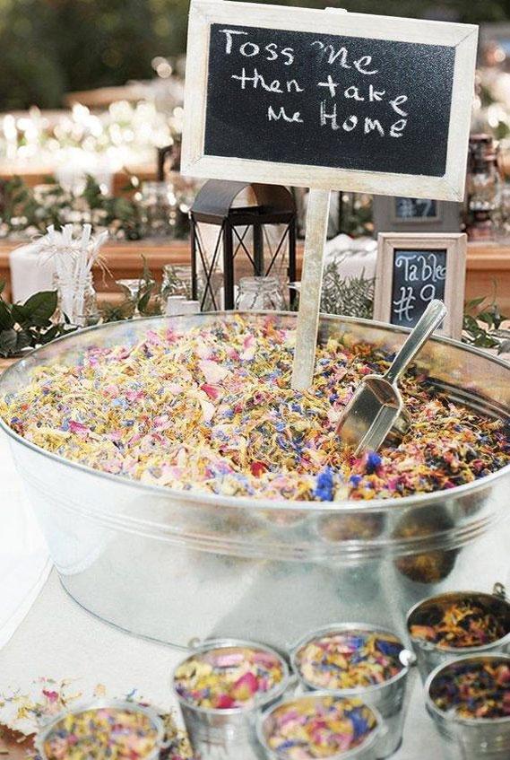 confetti, rustic wedding, colorful confetti