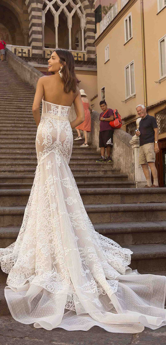 berta privee wedding dresses, berta privee bridal, berta bridal 2020, berta wedding dress , sleeveless sweetheart neckline mermaid wedding dress  #wedding #weddingdress #bridedress #weddinggown