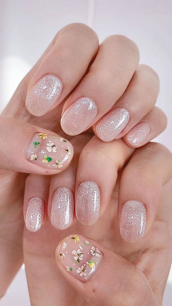 The prettiest wedding nails in 2020