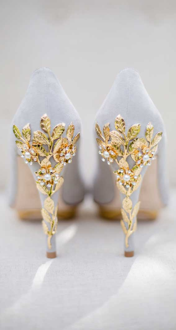 9 The prettiest blue wedding shoes for every bridal style