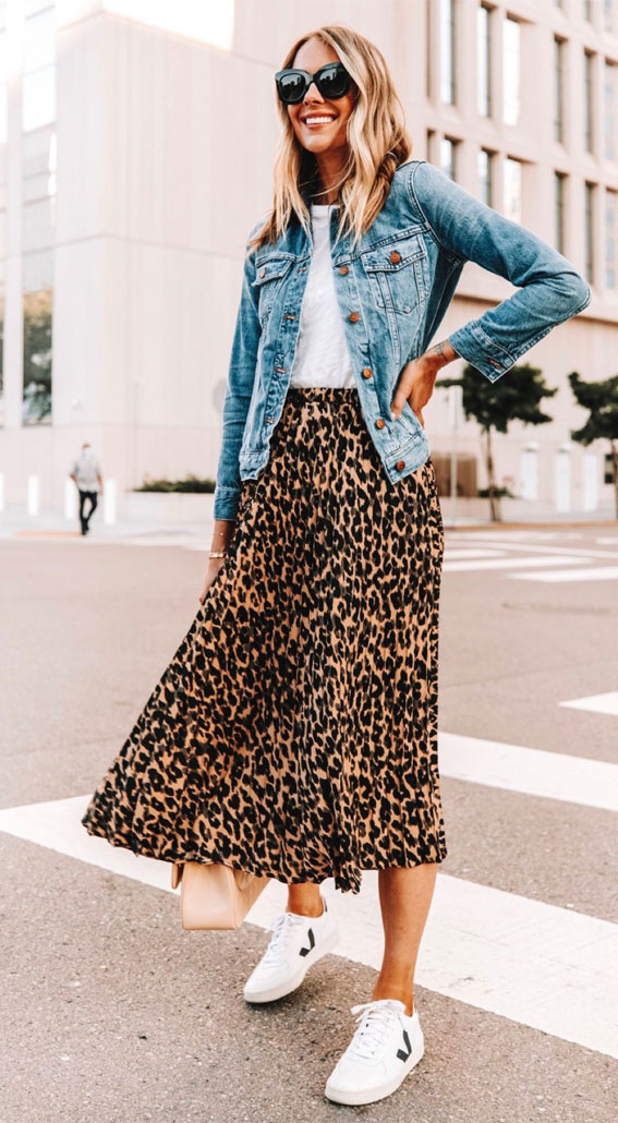 Leoparden-Outfits, Outfit-Ideen mit Leopardenmuster, Leopardenrock mit Jeans, Herbst-Outfit 2020, Herbstmode