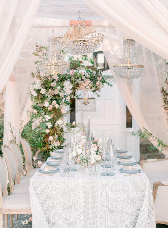 rosa Hochzeitsthema, rosa Hochzeitsdekorideen, rosa Hochzeitsempfangsdekore, rosa Hochzeitsideen, Frühlingshochzeit, Hochzeitsempfang im Freien