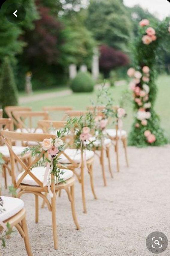 rosa Hochzeitsstuhlideen, rosa Hochzeitszeremonieideen, rosa Hochzeitsideen, rosa Blumenbogen, rosa Blumenbogen, rosa Hochzeitsthema